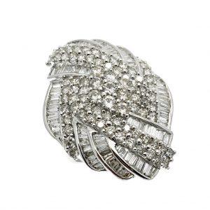 Exclusieve ring vol met diamant - clustering