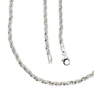 zilveren ketting glimmend