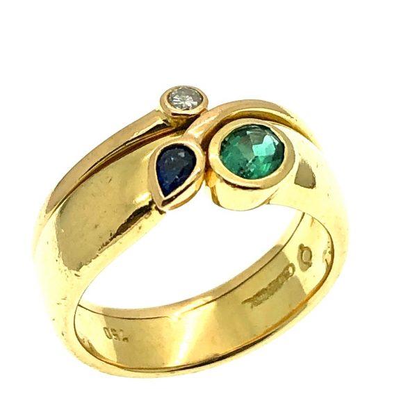 ring met edelstenen