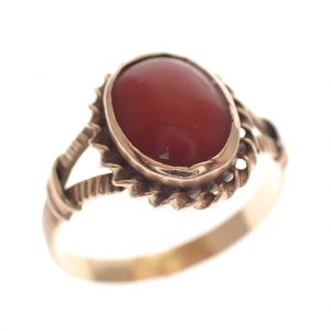 gouden vintage ring bloedkoraal