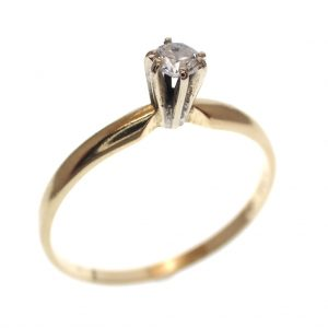gouden solitair ring met diamant 0,10 ct