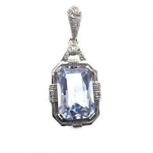zilveren vintage look hanger blauwe steen