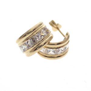gouden oorringen met steentjes