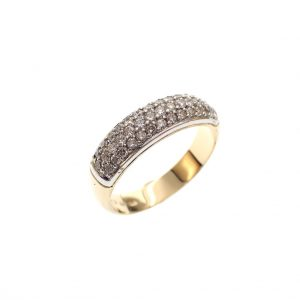 golden ring women diamonds