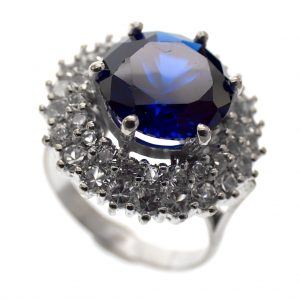witgouden cocktail ring