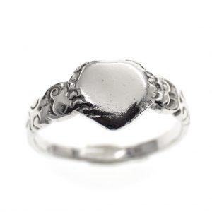 zilveren kinder ringetje
