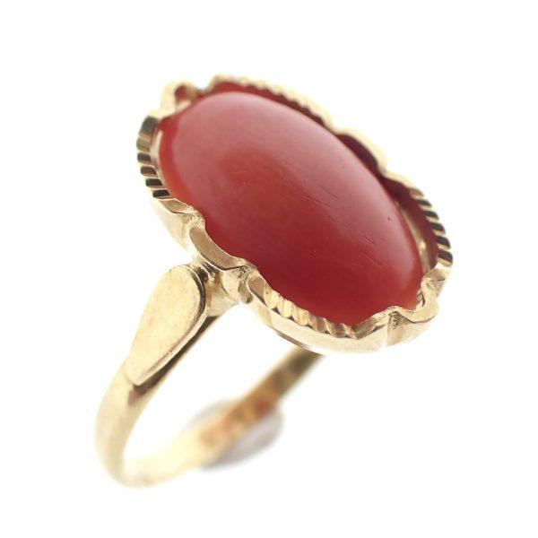 gouden ring koraal