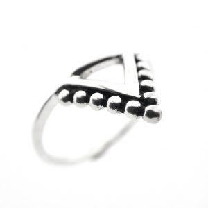 Zilveren triangel ring